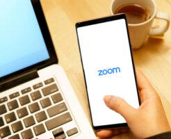 Zoom 招待 URL